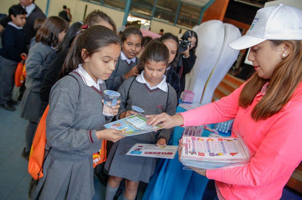 Más del 40% de los niños chilenos tienen caries por deficiente higiene dental
