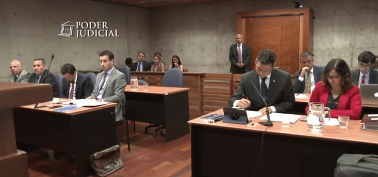 Pacogate: Dejan con arraigo nacional y firma mensual al ex director de Carabineros Eduardo Gordon