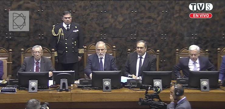 Carlos Montes es elegido nuevo presidente del Senado y será quien tome juramento a Piñera