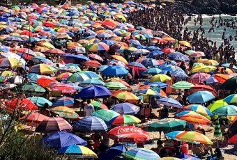Diputados aprueban aumentar a 20 y 25 días las vacaciones y elimina feriado del 12 de octubre