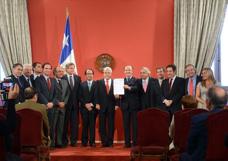 El segundo acuerdo nacional repite las diferencias en los conglomerados opositores al gobierno de Sebastián Piñera