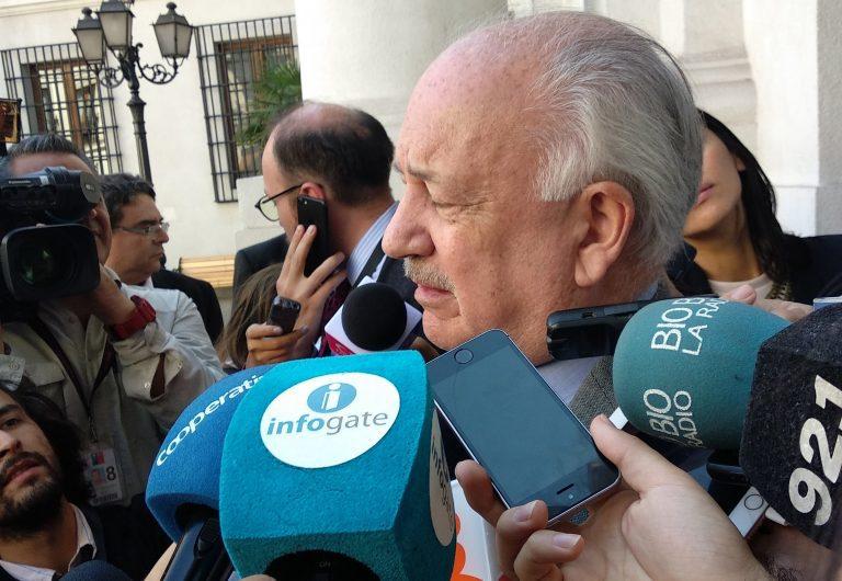 Comunistas exigen terminar terminar con los 'puros titulares' y 'letra chica' al gobierno de Sebastián Piñera de cara a la cuenta pública