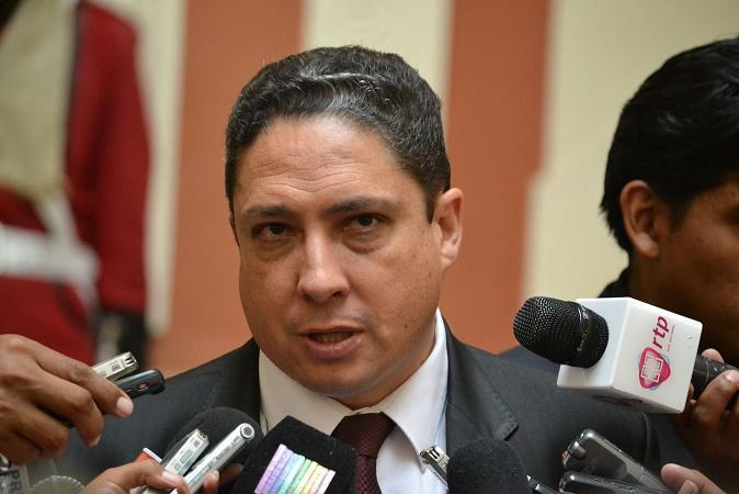 """Ministro de Justicia boliviano lamenta que Chile vaticine un """"apocalipsis"""" si La Haya falla en su contra"""