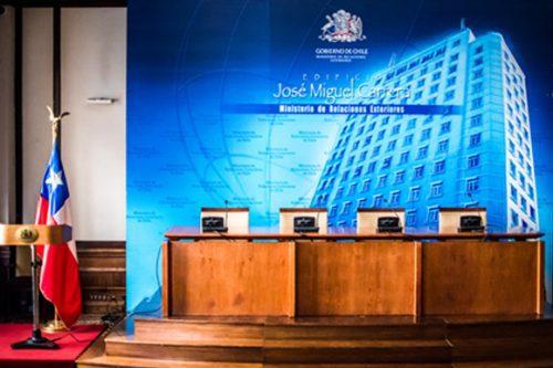 Gobierno de Sebastián Piñera designa 25 nuevos embajadores