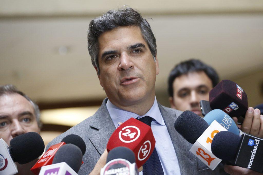 """Fuenzalida (RN) sobre procesamiento de ex General Villalobos: """"Que la institucionalidad funcione caiga quien caiga"""""""