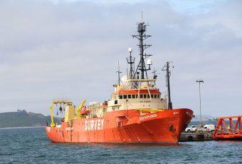 """""""La Nueva Carretera Austral"""": Analizan impactos del proyecto Fibra Óptica Submarina"""