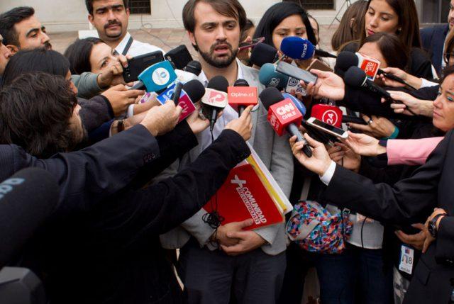 """Alcalde Sharp tras comisión de seguridad: """"hay que bajarle las revoluciones a algunas declaraciones"""""""
