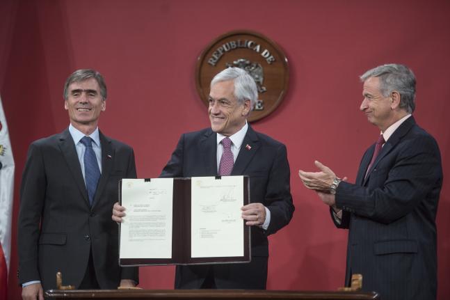 Presidente Piñera anuncia 12 medidas para impulsar la inversión