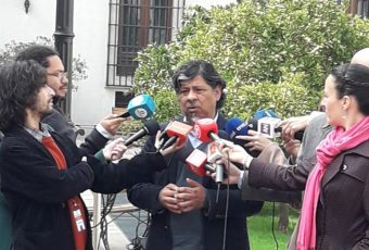 """Chile Vamos da la espalda al gobierno y rechazaría iniciativa que """"privilegie"""" a las Isapres"""