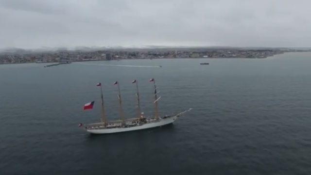 """Por Bicentenario de la Armada: Buques escuela que participan en regata """"Velas Latinoamérica 2018"""" arribaron a Punta Arenas"""