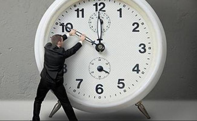 Ministerio de Energía definirá en agosto los husos horarios para los próximos cuatro años