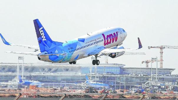 DGAC decide que aerolínea LAW no podrá volar en Chile