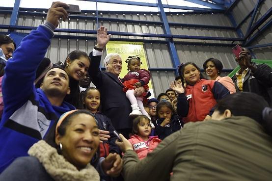 Adimark: Aprobación del gobierno de Piñera  aumenta en cinco puntos y se ubica en un 54%