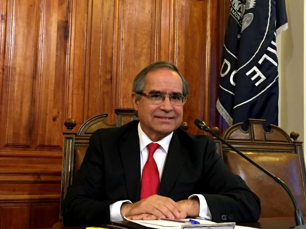 """Senador Pugh en seminario de ciberseguridad: """"Chile está siendo atacado (hackeado) y tenemos que estar preparados para ello"""""""