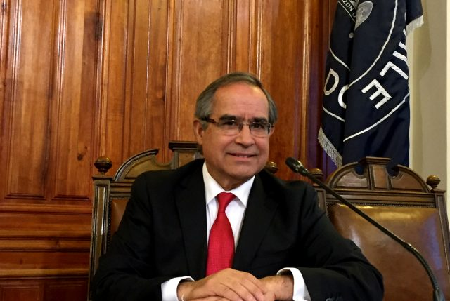Senador Pugh dice que nueva ley de FF.AA. no altera el poder disuasivo y permitirá que su financiamiento sea más estable