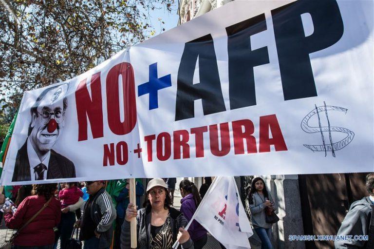 Asociación de AFP estudia devolver los ahorros a quienes cotizaron menos de 5 años