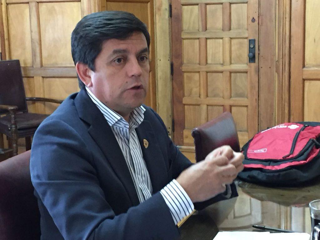 """Alcalde de Santa Cruz propone sancionar uso de término """"paco"""" en medios de comunicación"""