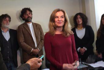 Ministra Pérez culpa a partidos y enfrenta a Chahuán por críticas a su gestión
