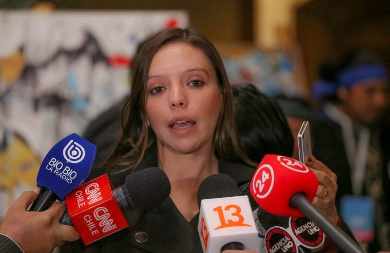 Diputada Flores (RN) hace apología con trasnochada oda al Golpe de Estado