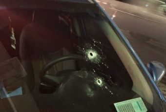 [Vídeo] Carabinero dispara contra Uber que se negó a ser ...