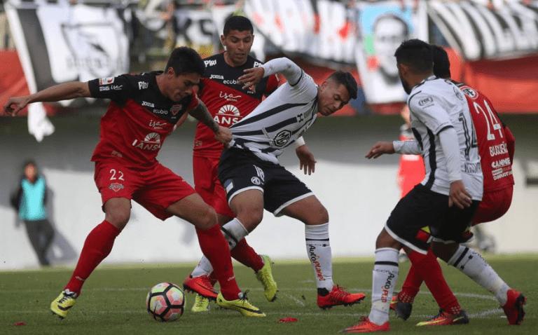 Ñublense da el batacazo en la Copa Chile al eliminar a Colo Colo