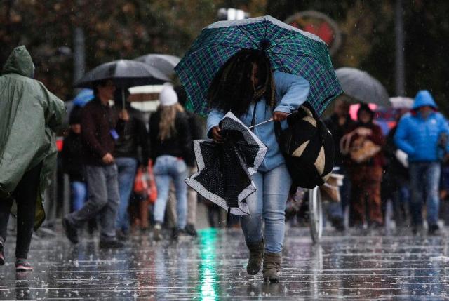 En regiones también se suspenden las clases por frente de mal tiempo
