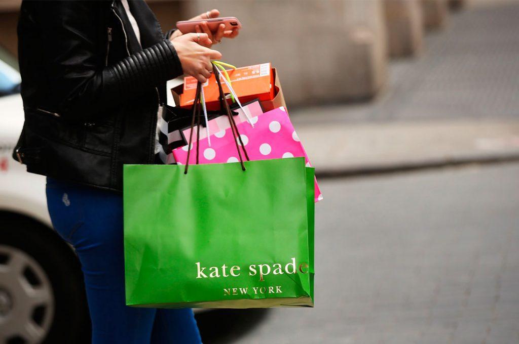 Famosa diseñadora Kate Spade es encontrada muerta en su departamento de Nueva York