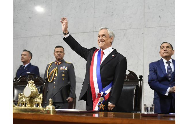 """Maya Fernandez le da duro a Piñera: """"El Presidente quiere ser el Patricio Aylwin de nuestros tiempos, pero se equivoca"""""""