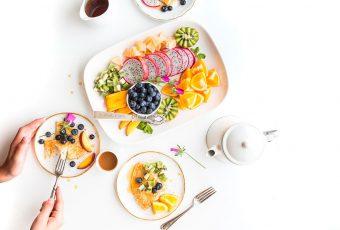 Bloguera muestra algunos cambios alimenticios para perder peso sin sacrificarse demasiado