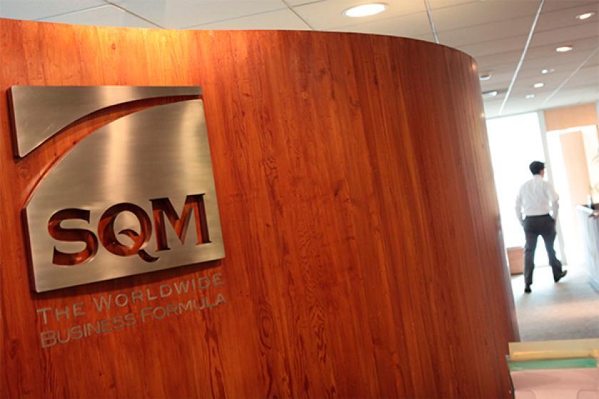 SQM recula y deja sin oficinas a los hermanos Ponce Lerou en el edificio corporativo