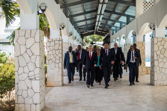 Sin prensa y por comunicado: detalles de la visita del Presidente Piñera a Jamaica