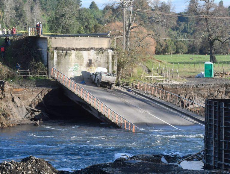 MOP ordena medidas de monitoreo y reforzamiento de seguridad en 13 puentes ante nuevo sistema frontal
