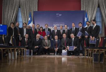 Piñera recibe propuestas del Acuerdo Nacional por la Seguridad Pública que busca mejorar la capacidad de anticipación y prevención