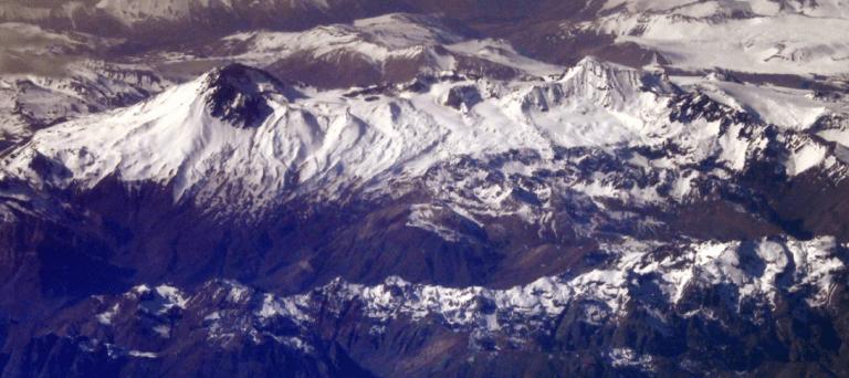 Sernageomin declara alerta amarilla para complejo volcánico Planchón-Peteroa en el Maule