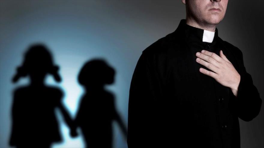 El marasmo de la Iglesia suma y sigue: Se confirma que Cura de Santa Cruz abusó de menor