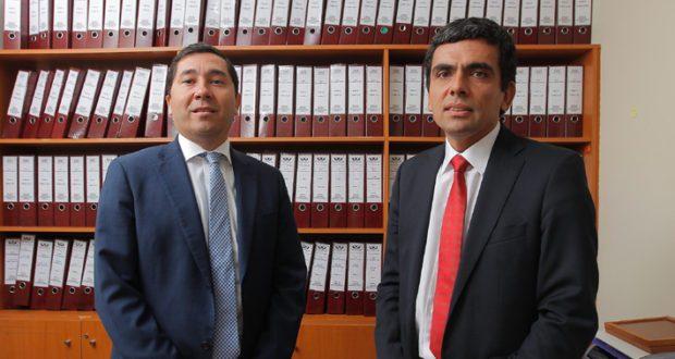 Ex fiscales Gajardo y Norambuena son fichados por la DC para elaborar propuestas de probidad