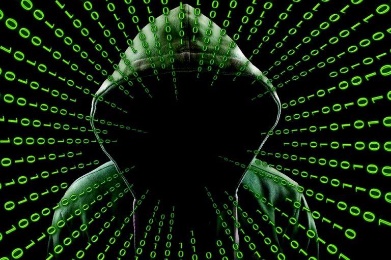 """Nuevos Ciberataques se atribuye """"La Balsa Pirata"""" y SBIF dice que datos filtrados no son relevantes"""