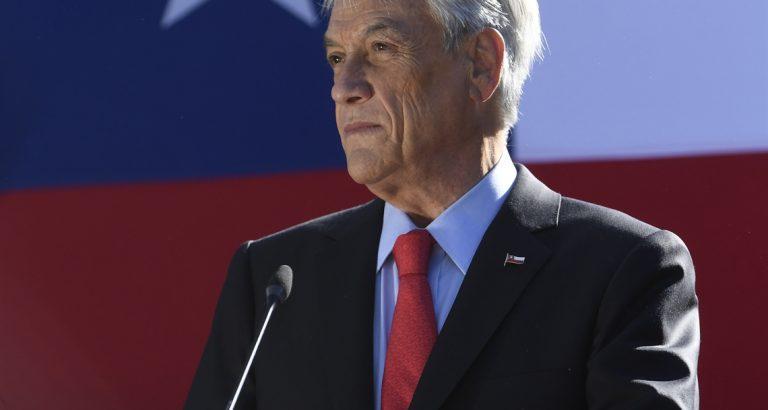 """Piñera aplica la vieja regla de """"dividir para reinar"""" sobre la oposición… pero falla"""