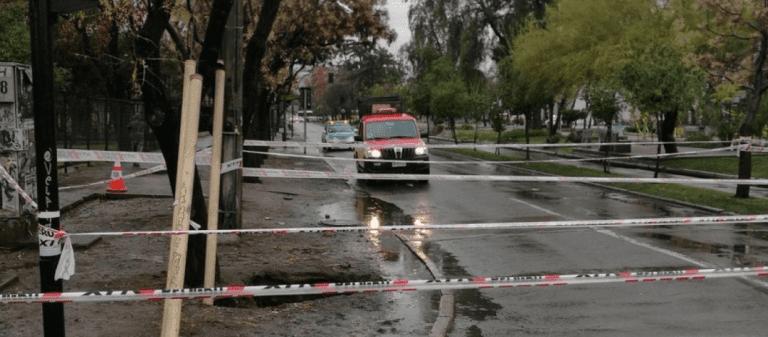 SISS abre sumario contra Aguas Andinas por socavón en San Bernardo y donde cayó una persona