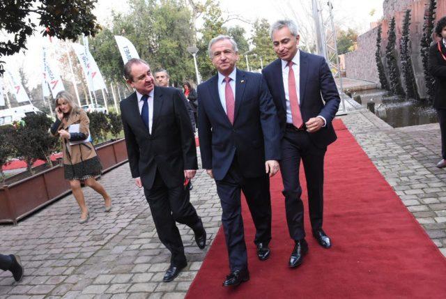 Hacienda dispara contra entrevista de Bachelet y sus dichos sobre el crecimiento