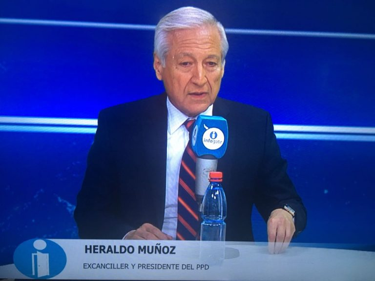 Heraldo Muñoz desclasifica rol democrático del PC en el plebiscito del 88