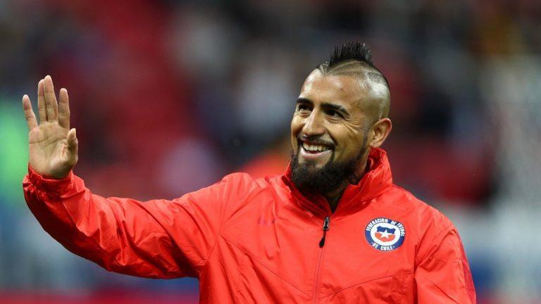 Ya es definitivo: El Rey Arturo es jugador del Barcelona