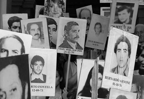 Condenan al fisco a pagar más de $3.000 millones a 29 víctimas de torturas