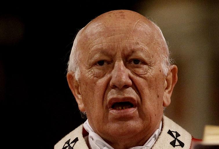 Más tiempo para rezar: Se suspende audiencia de Ricardo Ezzati