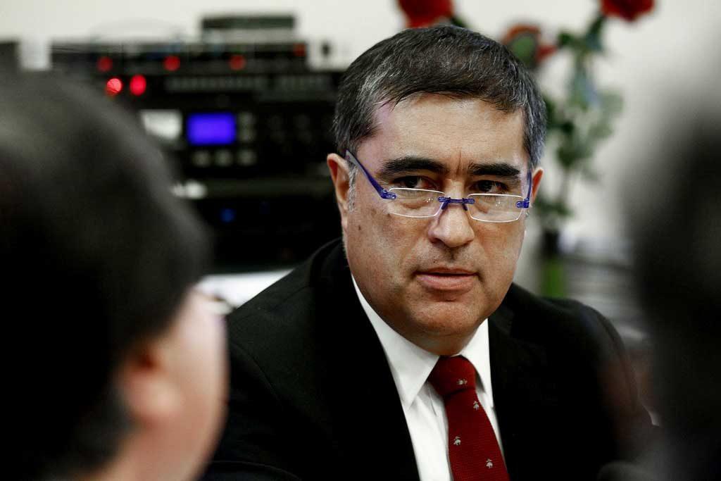 """Presidente de RN se desmarca de la """"campaña del terror"""" por 40H y le hace guiño al Gobierno validando las 41H de Palacio"""