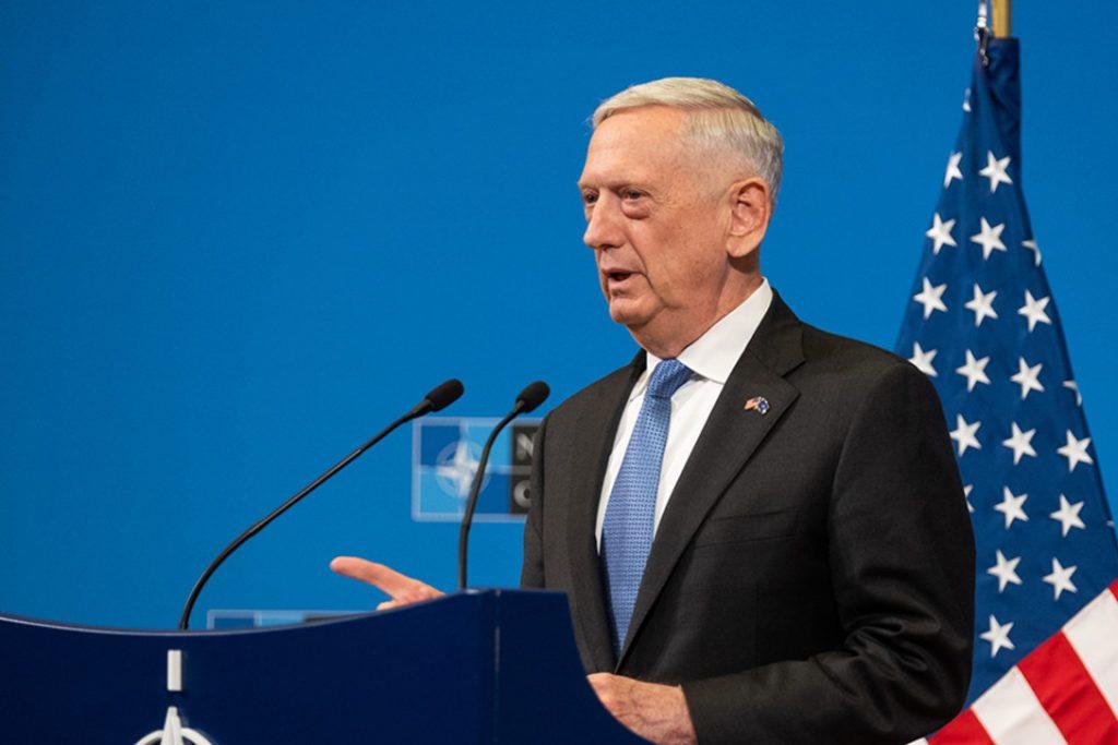 Secretario de Defensa de EEUU inició gira a Sudamérica y visitará Chile