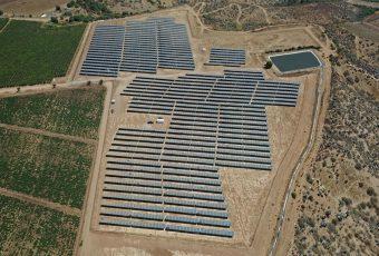 Pilares del liderazgo chileno en energía solar: Tecnología y condiciones geográficas