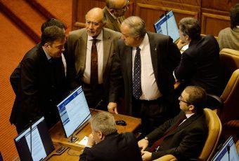 Cámara de Diputados aprueba salario mínimo que lo fija en $300 mil para 2019