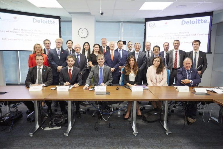 Ministro Valente se reúne con compañías canadienses para potenciar inversiones en Chile