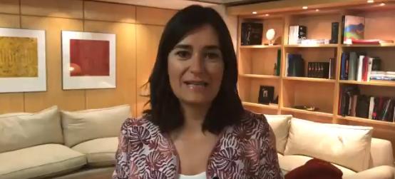 """Ministra de Sanidad española dimite ante evidencia de un máster """"trucho"""""""